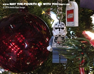Star Wars Christmas Stormtrooper Ornament // Check out our blog for lots more Star Wars decor. // #starwars #starwarsparty #maythefourthbewithyou #starwarsbirthday #stormtrooper #Christmas maythefourthbewithyoupartyblog.com