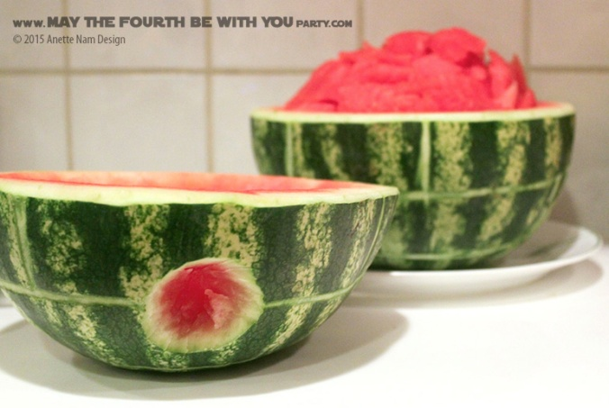 Star Wars Food: Carved Death Star Watermelon /// Check out our blog for lots of Star Wars Party food recipes and downloadable labels! Great for a Birthday Party or a May the Fourth be with you Party. /// #starwars #starwarsparty #maythefourthbewithyou #starwarsbirthday #starwarsfood #watermelon #deathstar maythefourthbewithyoupartyblog.com