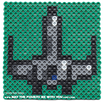 X-Wing Perler Pattern. /// We add new patterns to our blog every week!  Click the URL and follow us to make sure you don't miss any! /// Star Wars perler, hama bead, cross-stitch, knitting, Lego, pixel pattern /// Note: Patterns are ©, and your work must include © if posted, and can not be sold.  See blog for complete ©. #pixel #pixelart #perler #perlerbeads #hama #hamabeads #starwars #crossstitch #lego #knitting #mosaic #xwing maythefourthbewithyoupartyblog.com