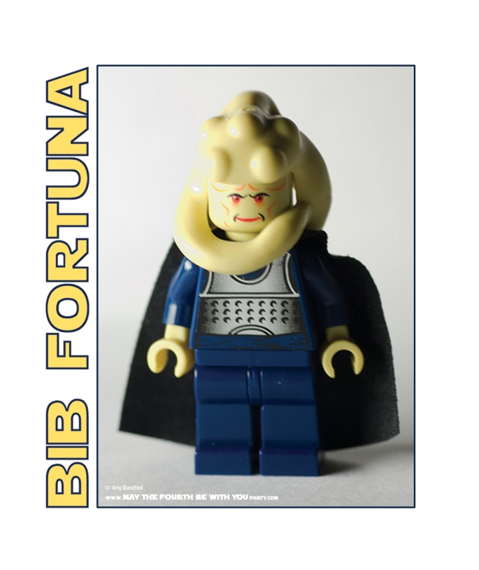 DIY Bib Fortuna Bib. Check out all our other Star Wars clothing, and costumes on our blog! #bibfortuna #starwars #starwarsparty #maythefourthbewithyou #starwarsbirthday #starwarscostume #halloweencostume #cosplay #bib #lego #legominifig maythefourthbewithyoupartyblog.com