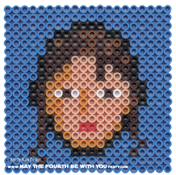 Rey Perler Pattern. /// We add new patterns to our blog every week! Click the URL and follow us to make sure you don't miss any! /// Star Wars perler, hama bead, cross-stitch, knitting, Lego, pixel pattern /// Note: Patterns are ©, and your work must include © if posted, and can not be sold. See blog for complete ©. #pixel #pixelart #perler #perlerbeads #hama #hamabeads #starwars #crossstitch #lego #knitting #mosaic #rey #theforceawakens maythefourthbewithyoupartyblog.com