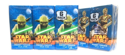 Star Wars Tissues/Tissue Cover/// Check out our blog for lots of Star Wars gift ideas /// #starwars #starwarsgift #maythefourthbewithyou #starwarsbirthday #christmaspresent #tissues #tissuecover #yoda #c3po #r2d2 maythefourthbewithyoupartyblog.com